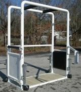 EquiGym Portable Equine Stocks with side open